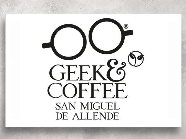 <span>GEEK – LOGO</span><i>→</i>