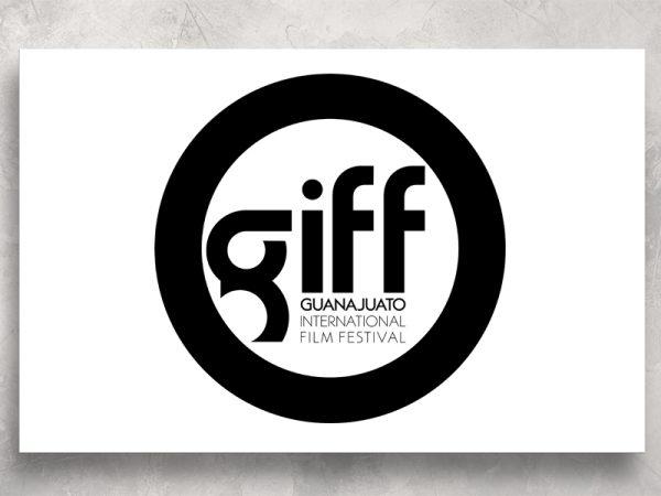<span>GIFF -LOGO</span><i>→</i>