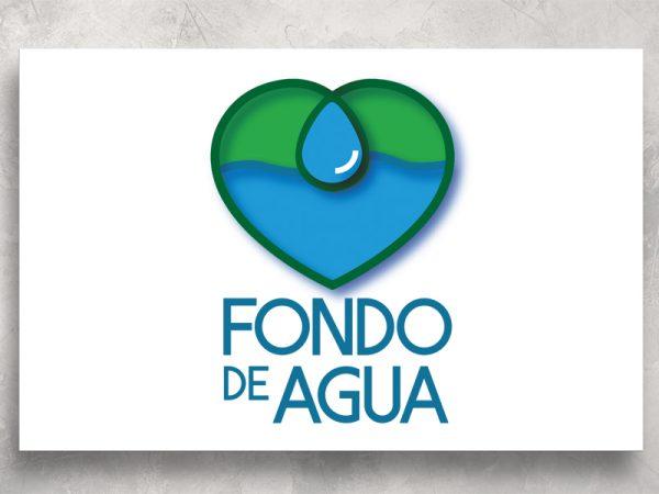 <span>FONDO AGUA – LOGO</span><i>→</i>